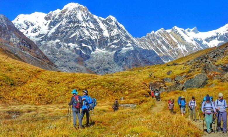 पदयात्रा खुलाउन पर्यटन व्यवसायीको माग