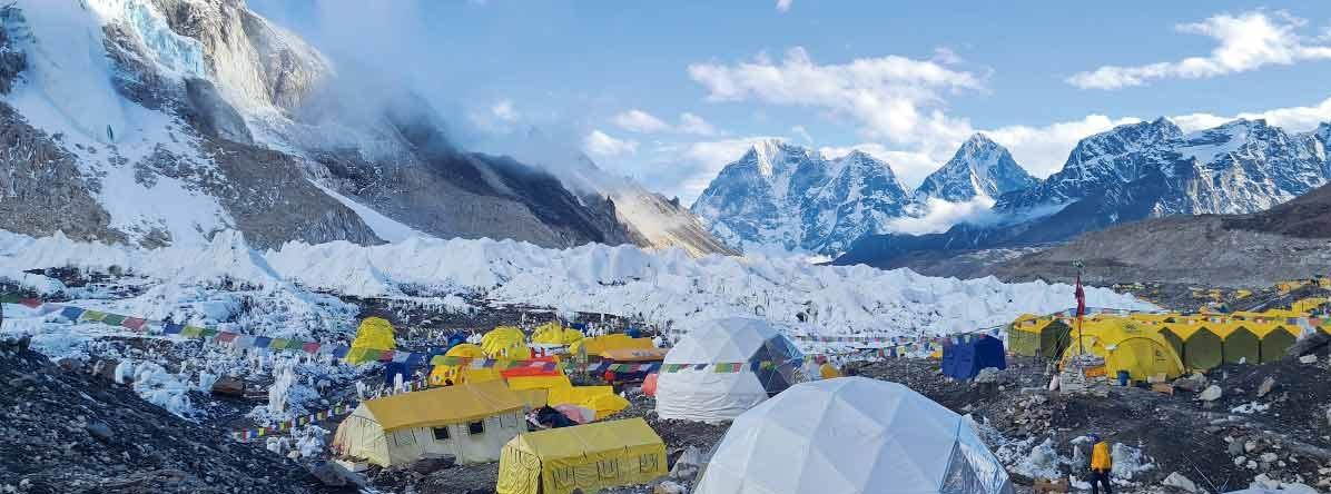एकै महिना दुई हजारभन्दा बढी पर्यटक खुम्बु पुगे